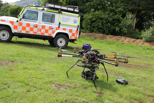 Drone/mountain rescue van by John Mills (CC BY 2.0)